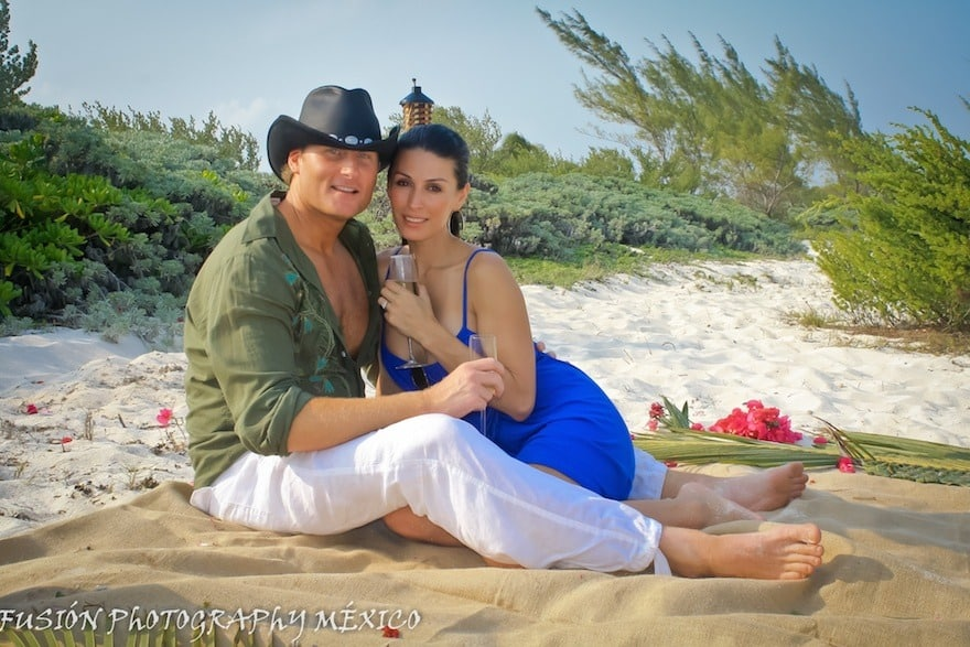 Couple-Posing-Beach-Proposal testimonial