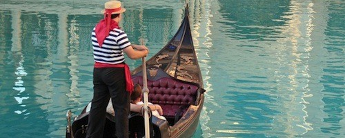 Romantic gondola proposal idea